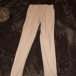 light grey leggings from LuLaRoe